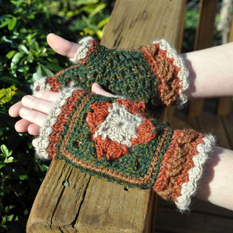 Granny Autumn mittens