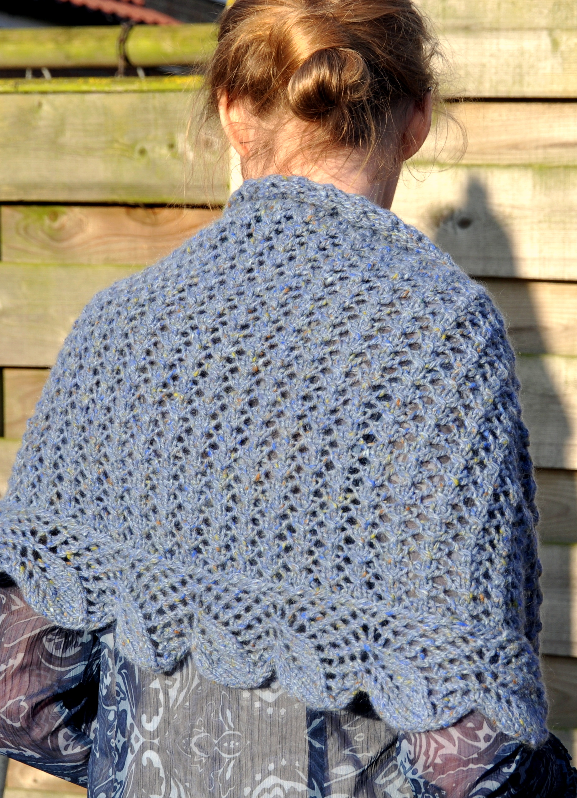 Falling Leaves shawl knitting pattern