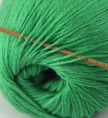 cashmere fingering yarn green 613