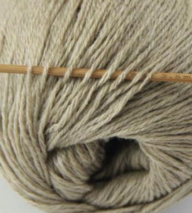 tn_cashmere fingering yarn sand 612